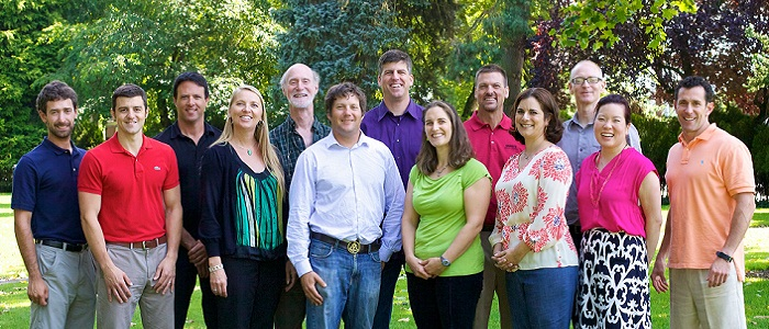 Meet the 2012 Greenroads Team.